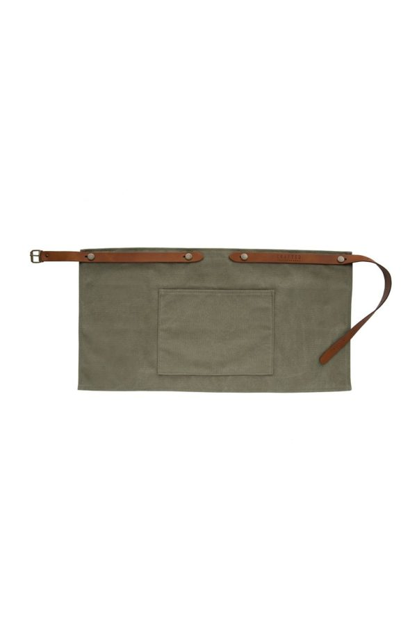 washed canvas apron short with pocket green